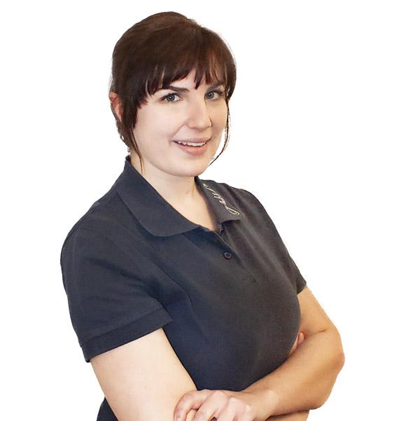 Auszubildende Akustik Lea Gölz